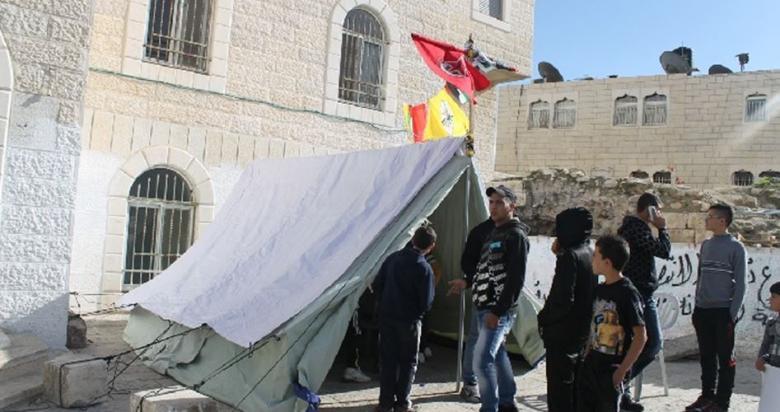 الاحتلال يهدم خيمة اعتصام بالقدس المحتلة