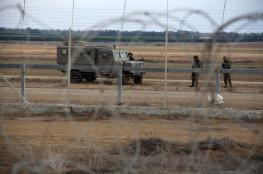 الاحتلال يعتقل شابين على الحدود شرق رفح