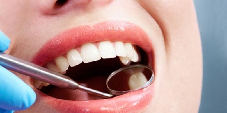 علماء يطورون حشوًا للأسنان تلتئم تلقائيًا