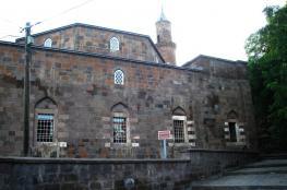 ترميم مسجد عمره 466 سنة في تركيا