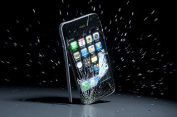 """آبل تتيح لمستخدمي """"آي فون"""" استبدال هواتفهم المتعطلة"""