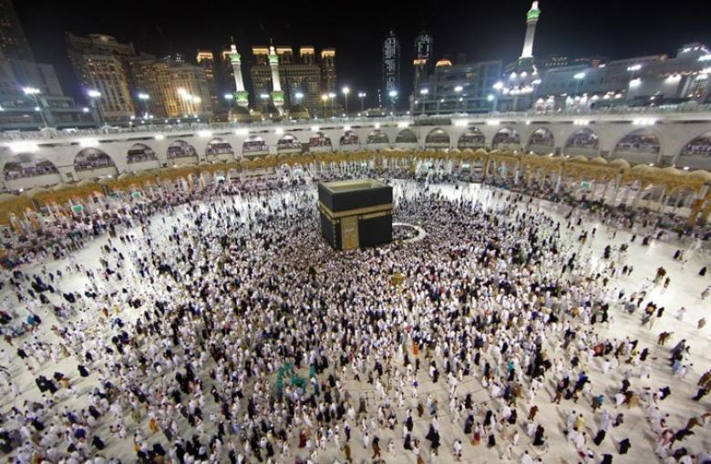 السعودية تقرر وقف العمرة.. وهذا آخر موعد لدخول المعتمرين