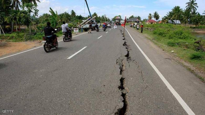 زلزال بقوة 6.9 درجة يهز شرق إندونيسيا