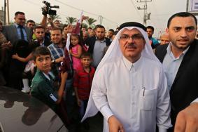 اللجنة القطرية تنفي مغادرة العمادي غزة دون عودة