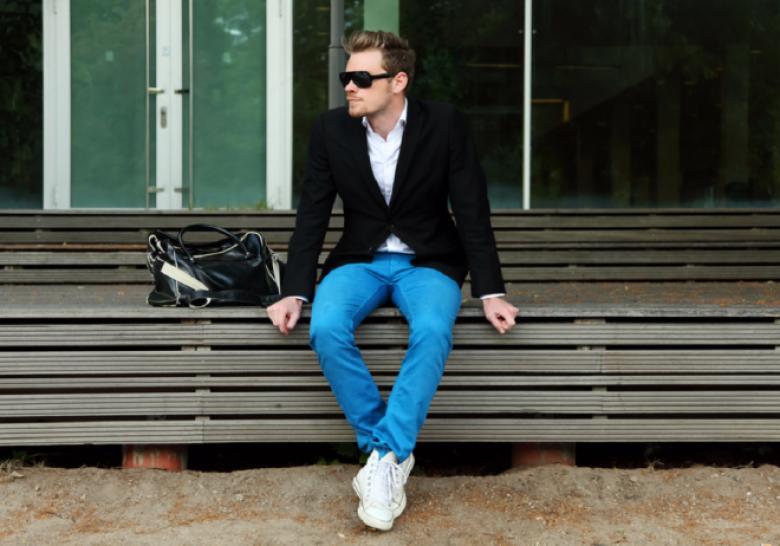 أخطاء في ارتداء الملابس على الرجال تجنبها لإتمام أناقتهم