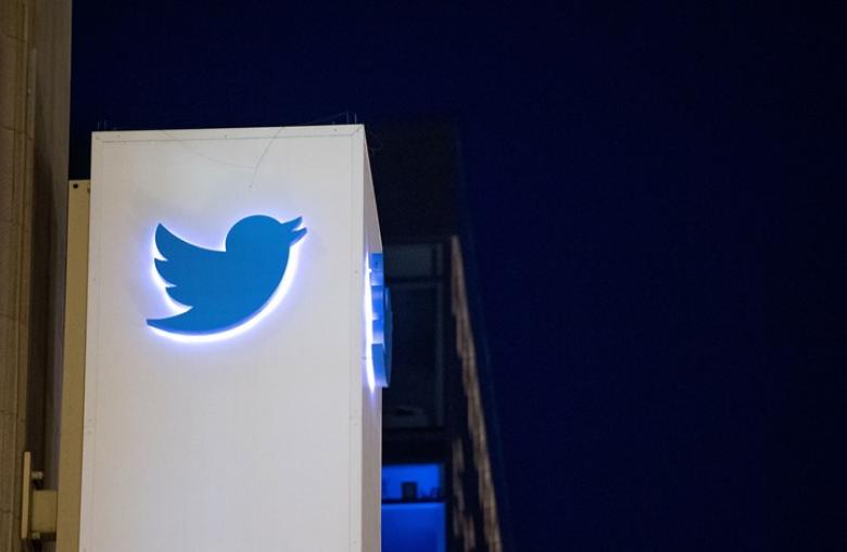 """""""تويتر"""" يوقف 100 ألف حساب على منصته"""