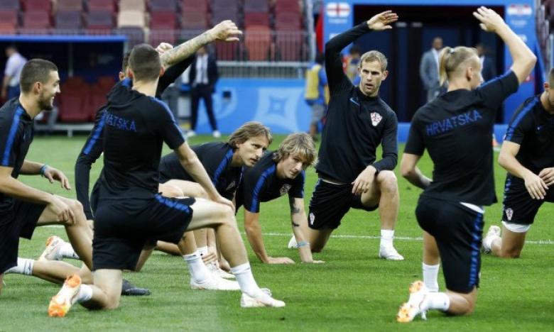 إنجلترا وكرواتيا.. من سيكتب التاريخ بكأس العالم؟
