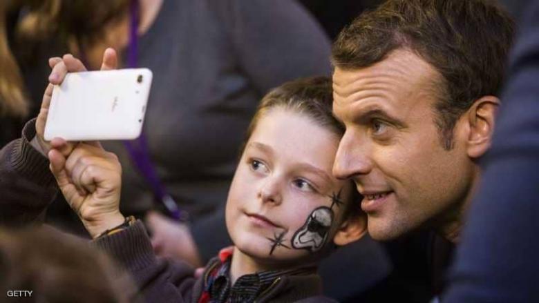 """فرنسا تلغي قرار نابليون.. تحذير من """"ضرب الأبناء"""""""