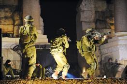 الاحتلال يعتقل 12 فلسطينيا بالضفة