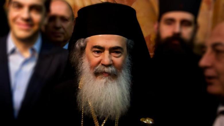 البطريرك ثيوفلوس باع أرضاً بالقدس لرجال أعمال إسرائيليين