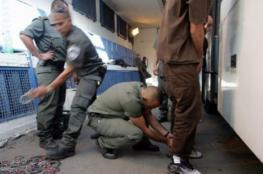 """مصلحة السجون تفرض عقوبات على 13 أسيراً بـ """"نفحة"""""""