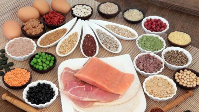 هل يساعد تناول البروتينات على إنقاص الوزن؟