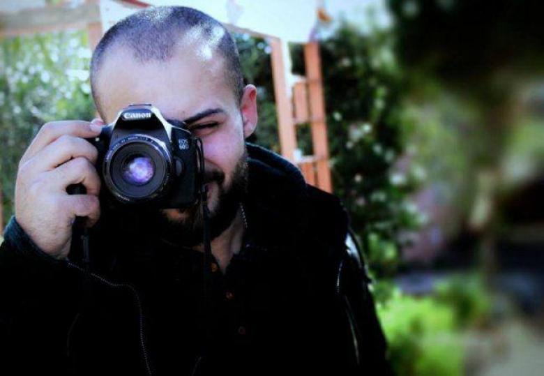 الصحة: إجراء عملية جراحية للصحفي أبو حسين ووضعه حرج