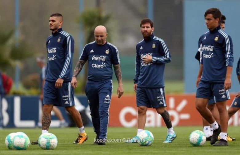 توقعات باستبعاد نجم الأرجنتين من المونديال