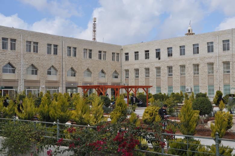 اتفاق بين جامعة القدس وجامعة مغربية لمنح الدكتوراه بالحقوق