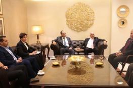 الرجوب يبحث تطوير عمل الاتحاد الفلسطيني بلبنان