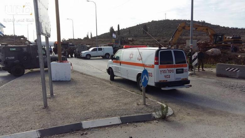 شبان يرشق مركبات الاحتلال للمرة الـ 15 عند حاجز زعترة