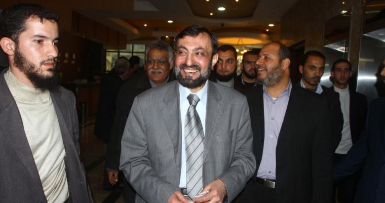 """وفاة القيادي في """"حماس"""" عماد العلمي"""