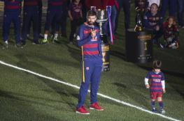 بيكيه يرد على المشككين في قدرات برشلونة