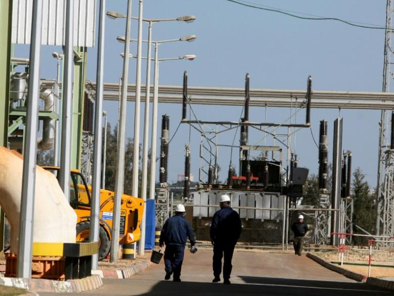 جدول توزيع الكهرباء بعد توقف محطة كهرباء غزة أمس