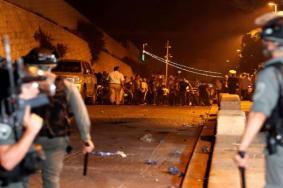 قوات الاحتلال تقتحم باحات المسجد الأقصى