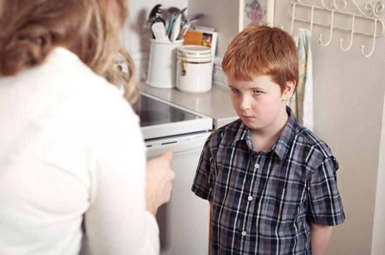 كيف تربي طفلك على تقدير الذات؟