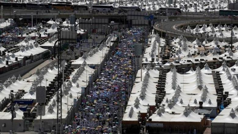 السعودية.. 22.6 مليون مكالمة في مكة بـ24 ساعة