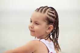 الشعر الخفيف لطفلك تنقصه العناية الصحية