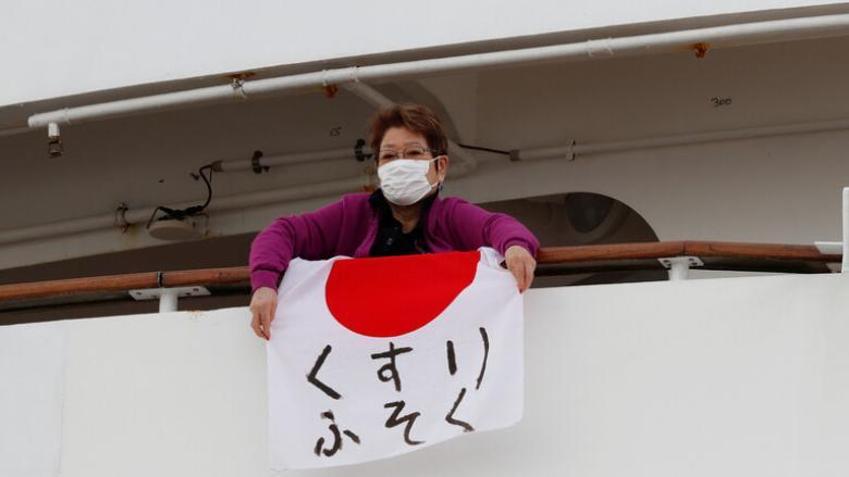 """""""كورونا"""" يهدد اقتصاد اليابان"""