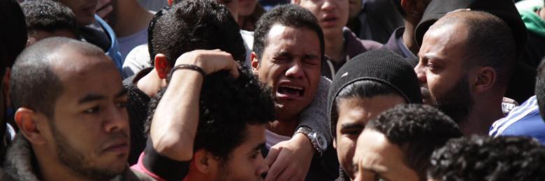 الشباب وانهيار المنظومات الدينية.. إلحاد حقيقي أم رفض للمجتمع؟