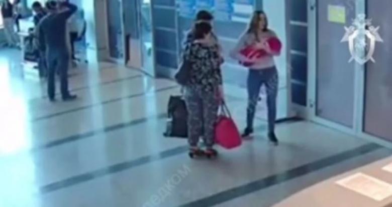 روسية تبيع طفلتها بثمن تافه