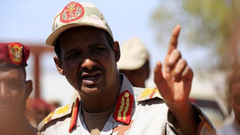 حميدتي قائد قوات الدعم السريع يطالب بحكومة انتقالية مدنية