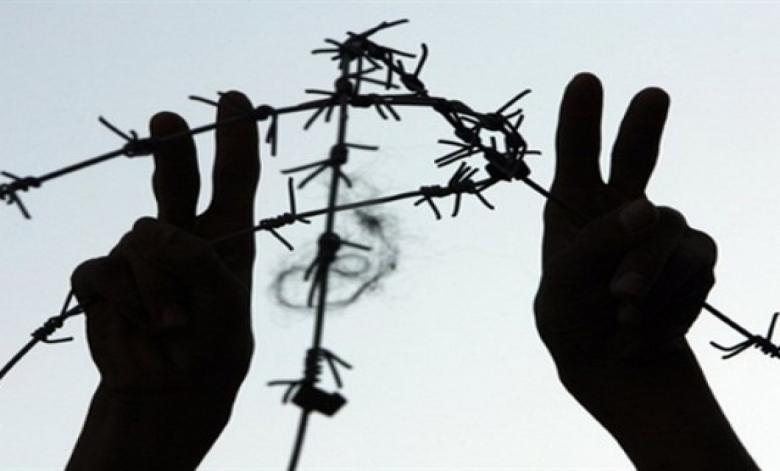 6 أسرى يواصلون إضرابهم رفضًا للاعتقال الإداري