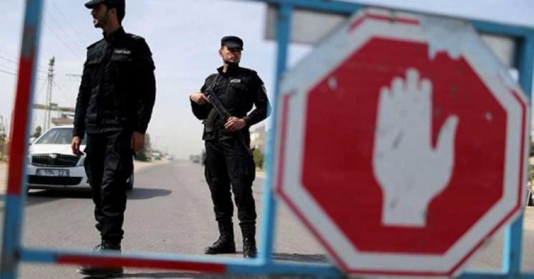 قناة عبرية تزعم: حماس تنشئ نقاط التفتيش قرب المشفى الأميركي