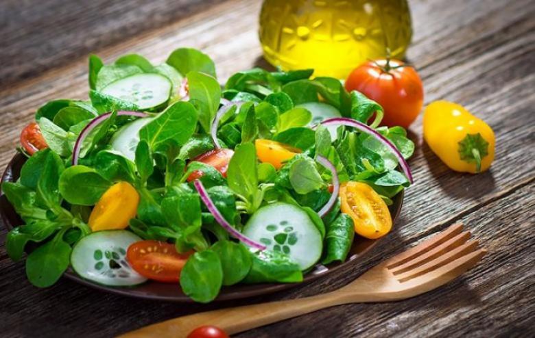 الخضروات الورقية تحمي كبار السن من فقدان البصر
