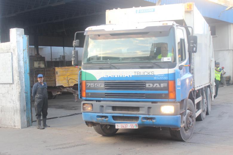 بلدية رفح ترحل قرابة 88 ألف كوب من النفايات الصلبة