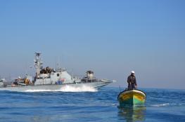 زوارق الاحتلال تستهدف الصيادين في بحر شمال غزة
