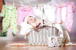 10 نصائح للعناية بملابس مولودك