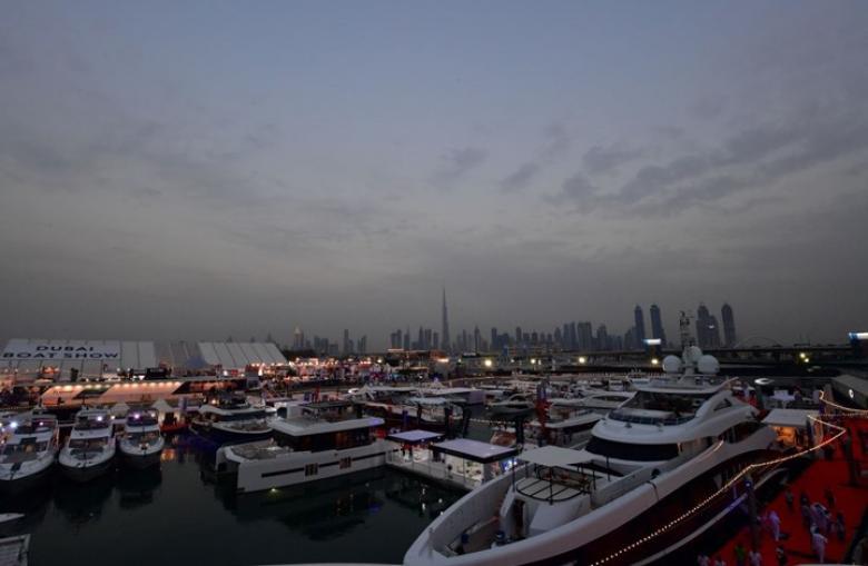 """الإمارات على قائمة أوروبية سوداء بسبب """"الملاذات الضريبية"""""""