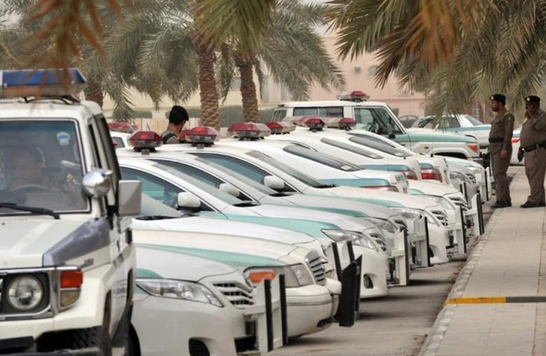 مجهولون يختطفون عشرات الرجال والنساء بالسعودية
