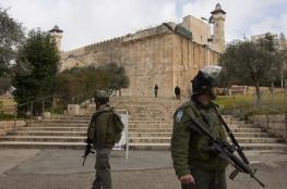 الاحتلال منع الآذان 51 مرة في المسجد الإبراهيمي خلال مارس