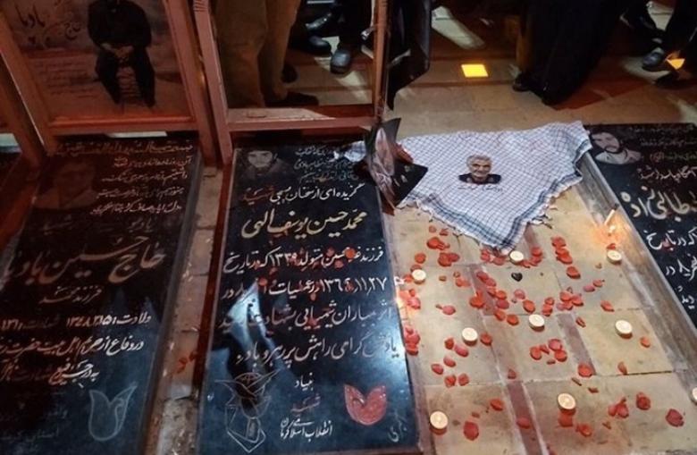 مشاهد للحظات دفن سليماني في كرمان الإيرانية