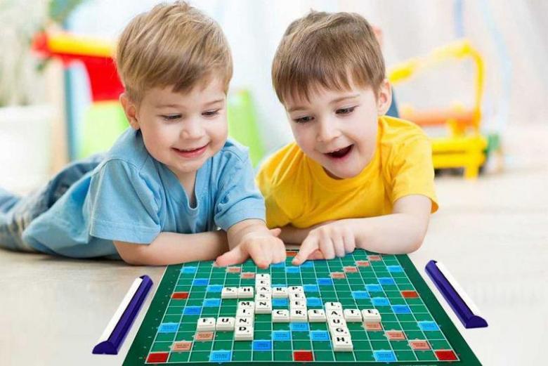 ألعاب تعليمية تُنَاسِبُ طفلَك في سن 4 أعوام