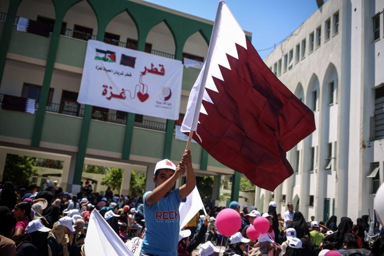 الإعلام العبري يكشف سر اهتمام قطر بقطاع غزة