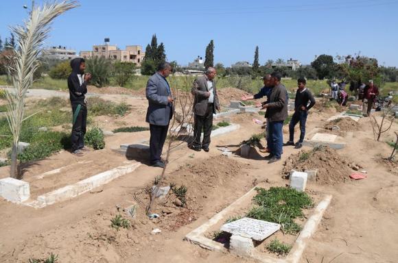 بلدية النصيرات تشرع بتوسيع المقبرة الجنوبية
