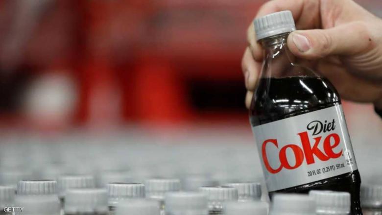 """""""كوكاكولا دايت"""" أخطر مما نتصور.. والحل في المياه"""