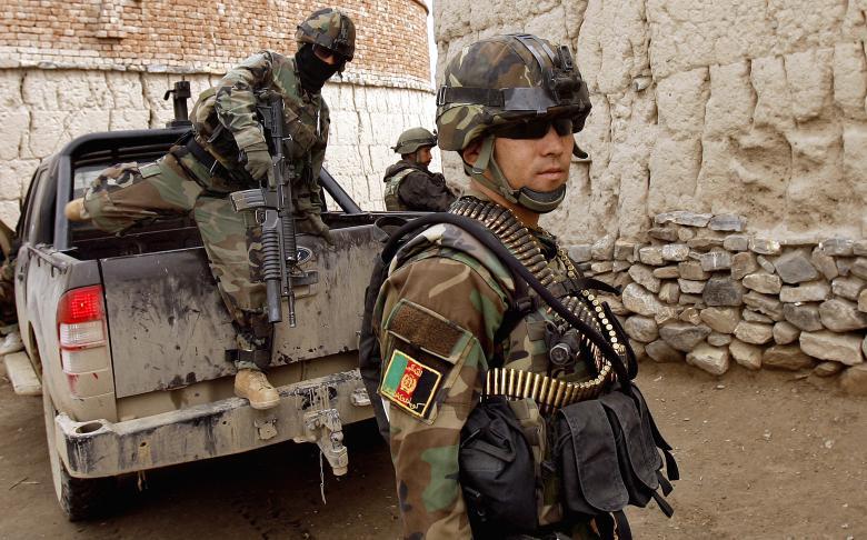 """أفغانستان تعيد هيكلة جيشها لمواجهة """"طالبان"""""""