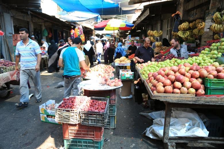 بلدية غزة تقرر إغلاق الأسواق الشعبية الجمعة القادم