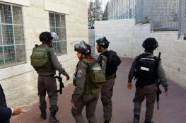 الاحتلال يقتحم جامعة بيرزيت ويستولي على حواسيب