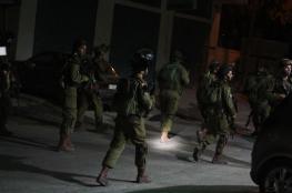 الاحتلال يقتحم مدن الضفة ويعتقل 3 مواطنين